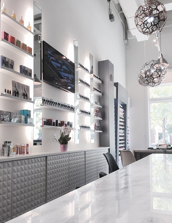 Luxe Nail Lounge